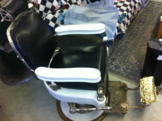 Theo A Kochs Antique Barber Chair In Great Shape 1918 ? 1919? photo