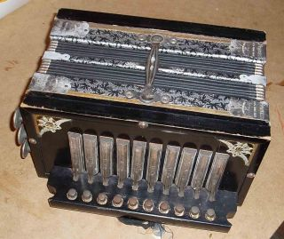 Antique C1930 German Princess Brand Melodeon Or Squeeze Box Accordion Working Ok photo