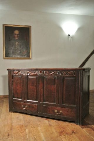 And Queen Anne Oak Mule Chest photo
