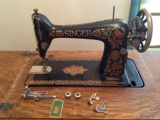 1910 Antique Singer Sewing Machine photo