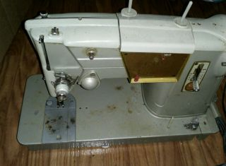 Singer Sewing Machine photo