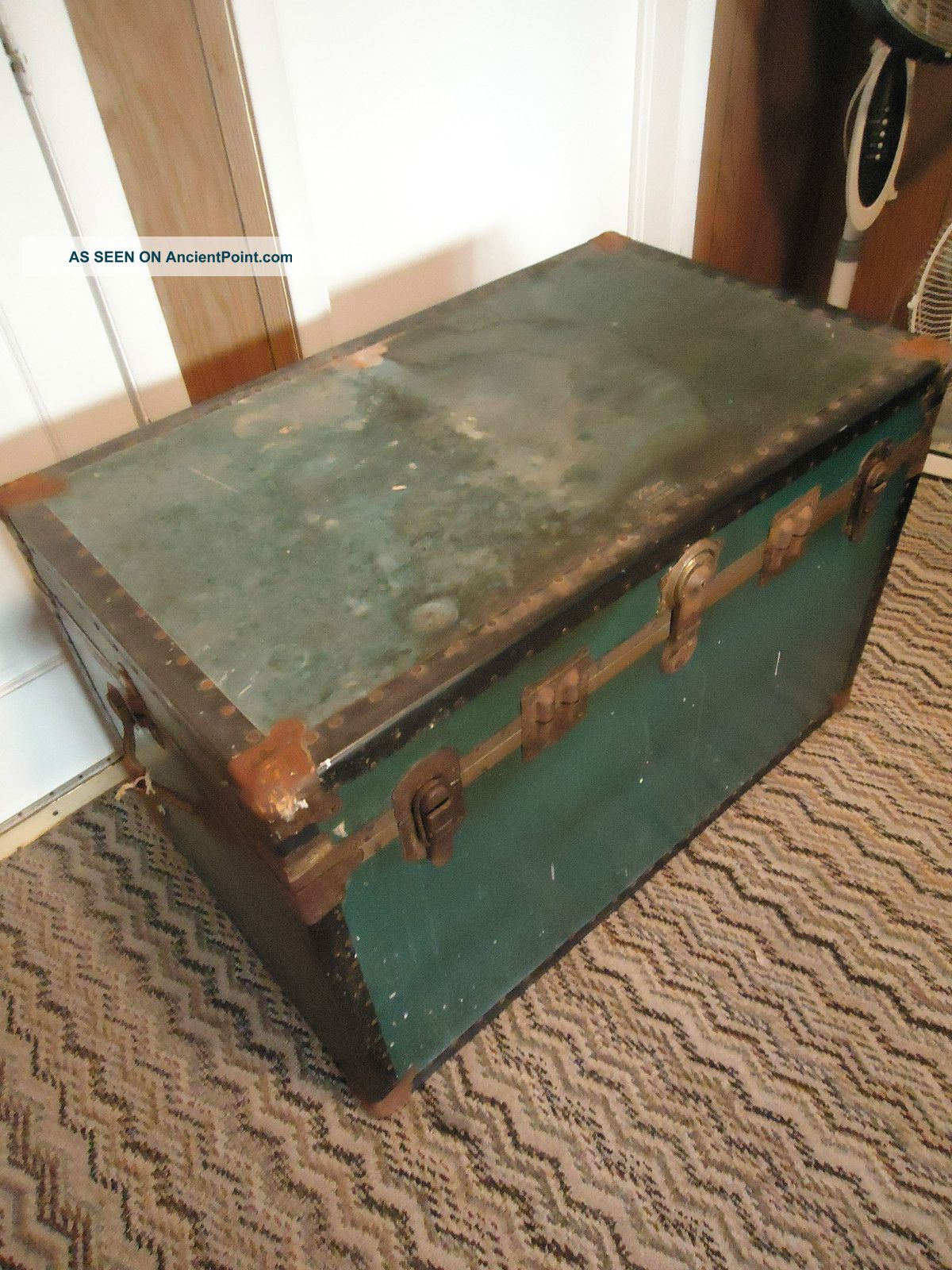 1940 ' S Antique Jchiggins Flat Top Steamer Trunk Chest Miltary Luggage 1900-1950 photo