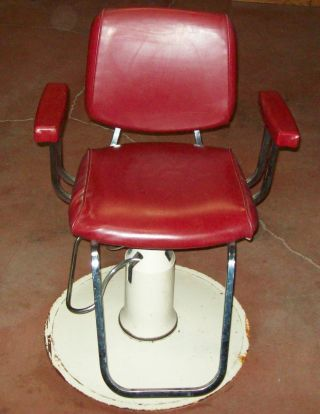 Vintage Belvedere Regent Salon / Barber Chair photo
