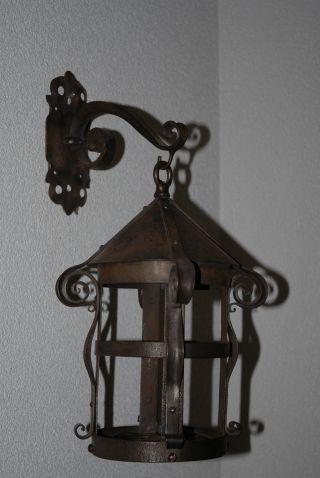Toptop Quality Hand Wrought Iron Art Wall Hanging Lantern photo