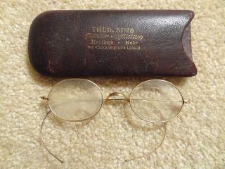 Antique Eye Glasses Wire Rimmed Oval Yellow Fellow Spectacles Hard Case Vintage photo