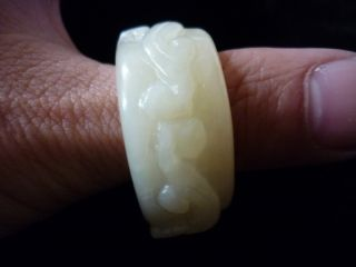 Chinese Old Jade Hand - Carved Bat Banzhi40 40 15mm23.  9g photo