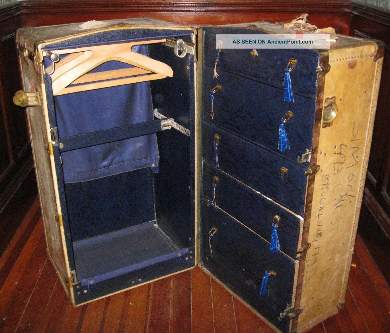 Steamer Trunk 1900-1950 photo