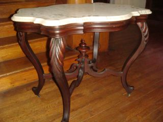 American Victorian Shaped Marble Top Table W/original Finish And Casters. . .  Nr photo