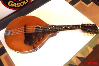 Vintage Gibson Model A Mandolin 1913? Vary photo