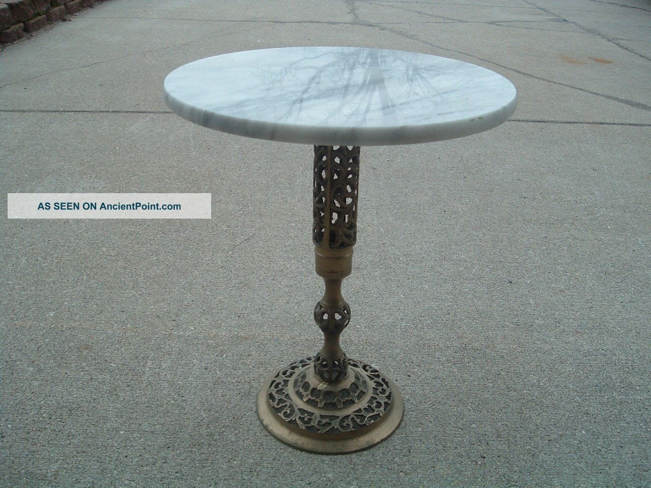 Vintage Brass And Marble Top Table Lamp Plant Stand