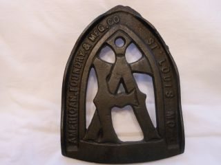 American Foundry & Mfg.  Co.  St.  Louis Mo.  Cast Iron Trivet For Sad Irons photo