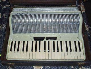 Italian Frontalin 120 Bass Piano Accordion Accordian Working Ok Hardly photo