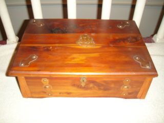Antique Sturdi Cedar Chest By Francis F.  Hamilton - Margeret No.  580 - Early Patent photo