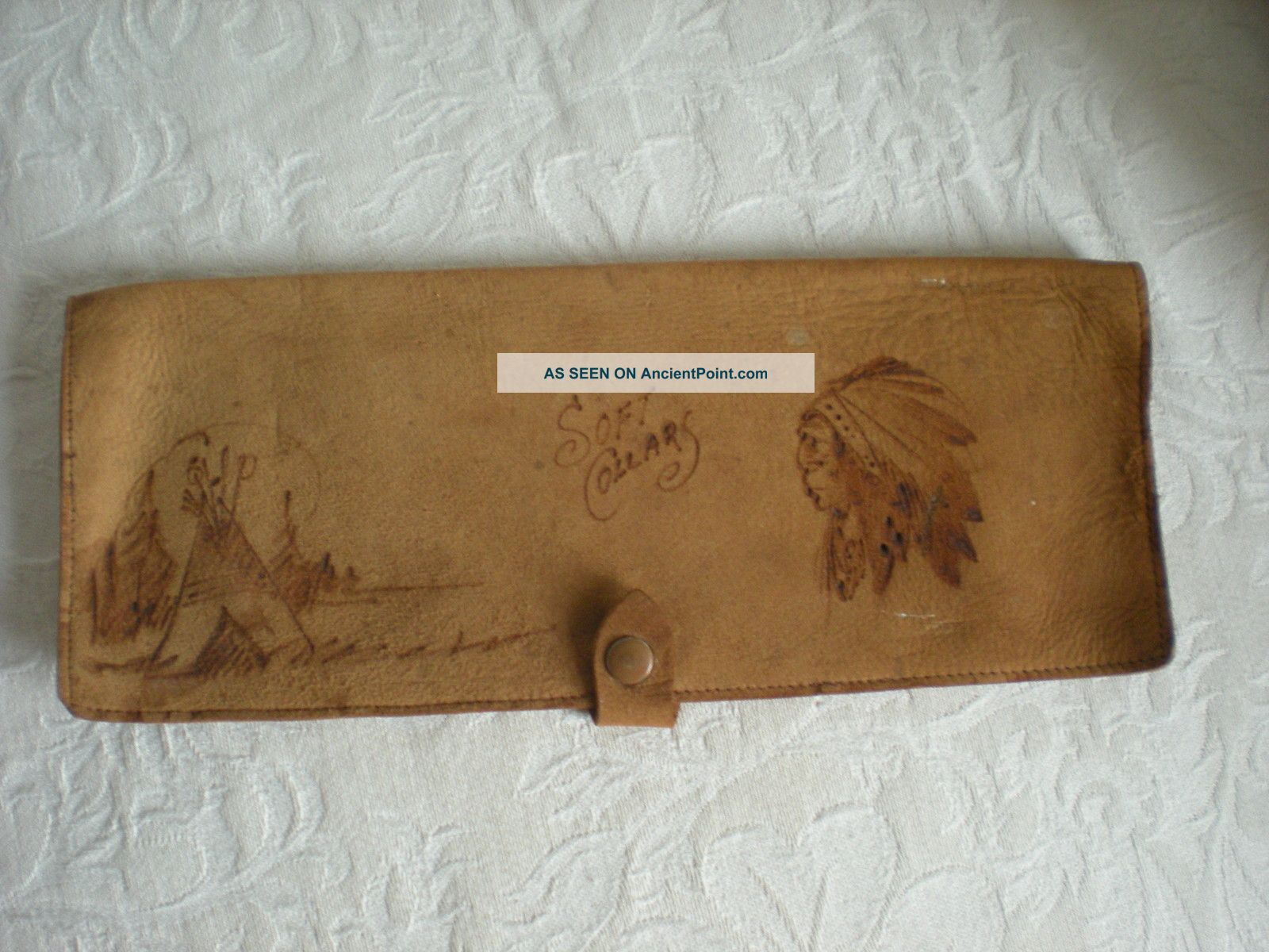 Vintage Native American Suede Wallet Pouch Soft Collars Western Usa Tribal Native American photo