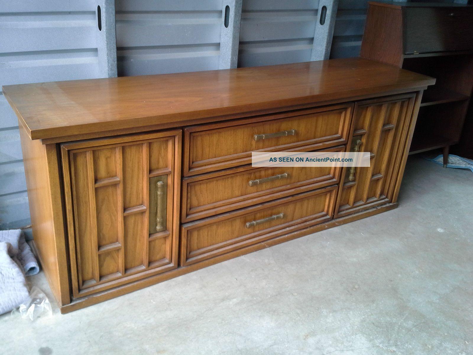United Furniture Corporation Vintage Credenza Post-1950 photo