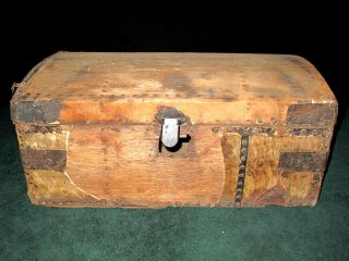 C1760s Americana Hide Chest Box Trunk Deer Skin Maine Colonial American Maritime photo