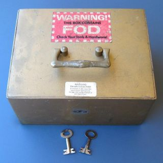 Vintage 1930s 1940s Safe With Alarm And 2 Keys Steel Can ' T - Steal Box Corporation photo