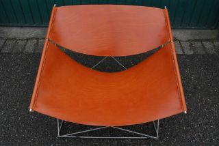 F675 Butterfly Chair Pierre Paulin,  Artifort Eames photo