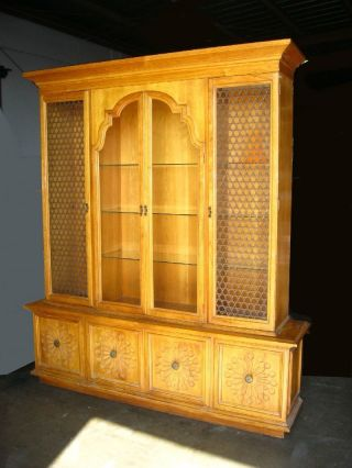 Vintage Drexel Heritage Simpatico Collection Breakfront China Cabinet Hutch photo