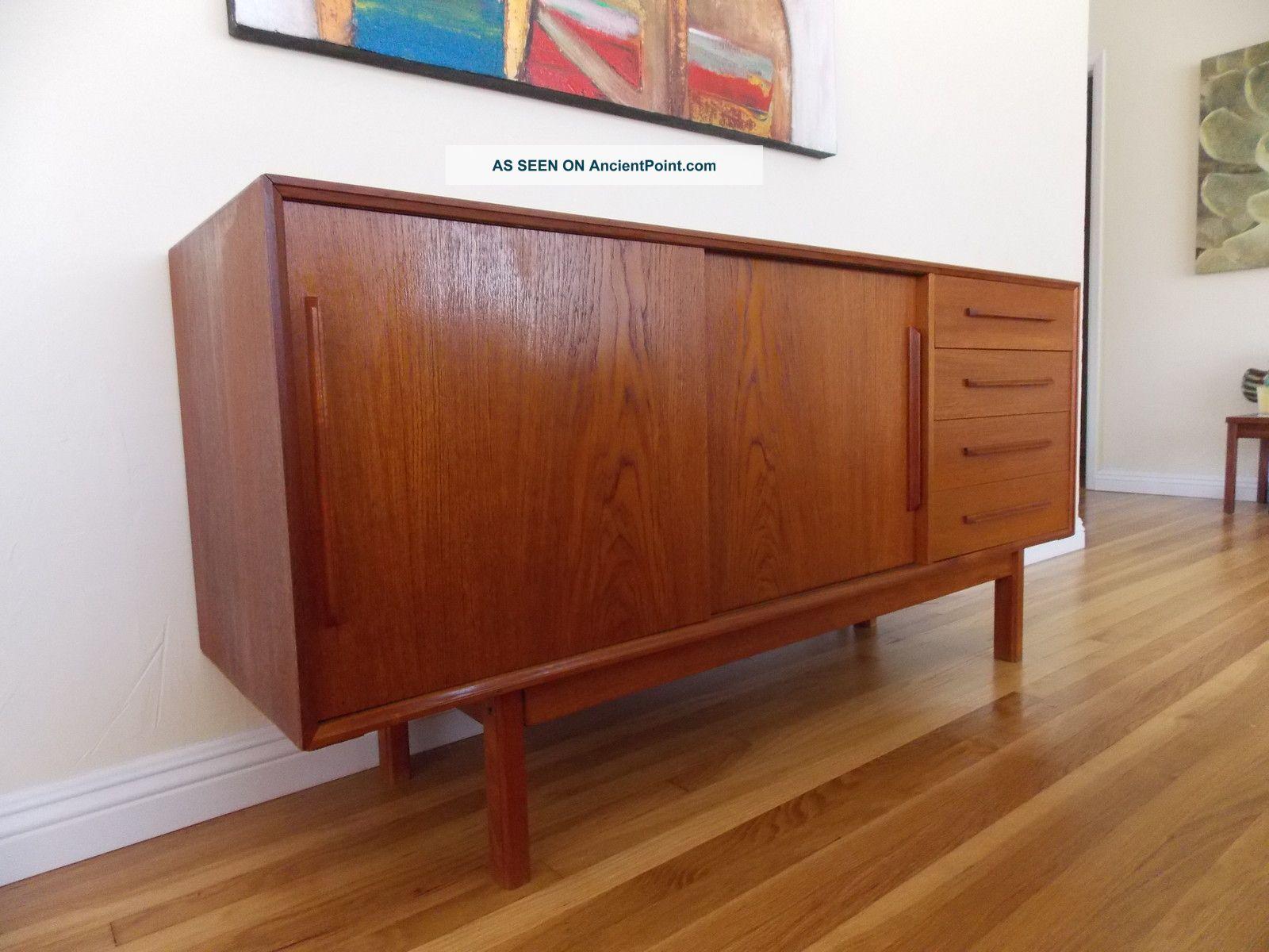 Mid Century Danish Modern Teak Credenza Dresser Sideboard Buffet