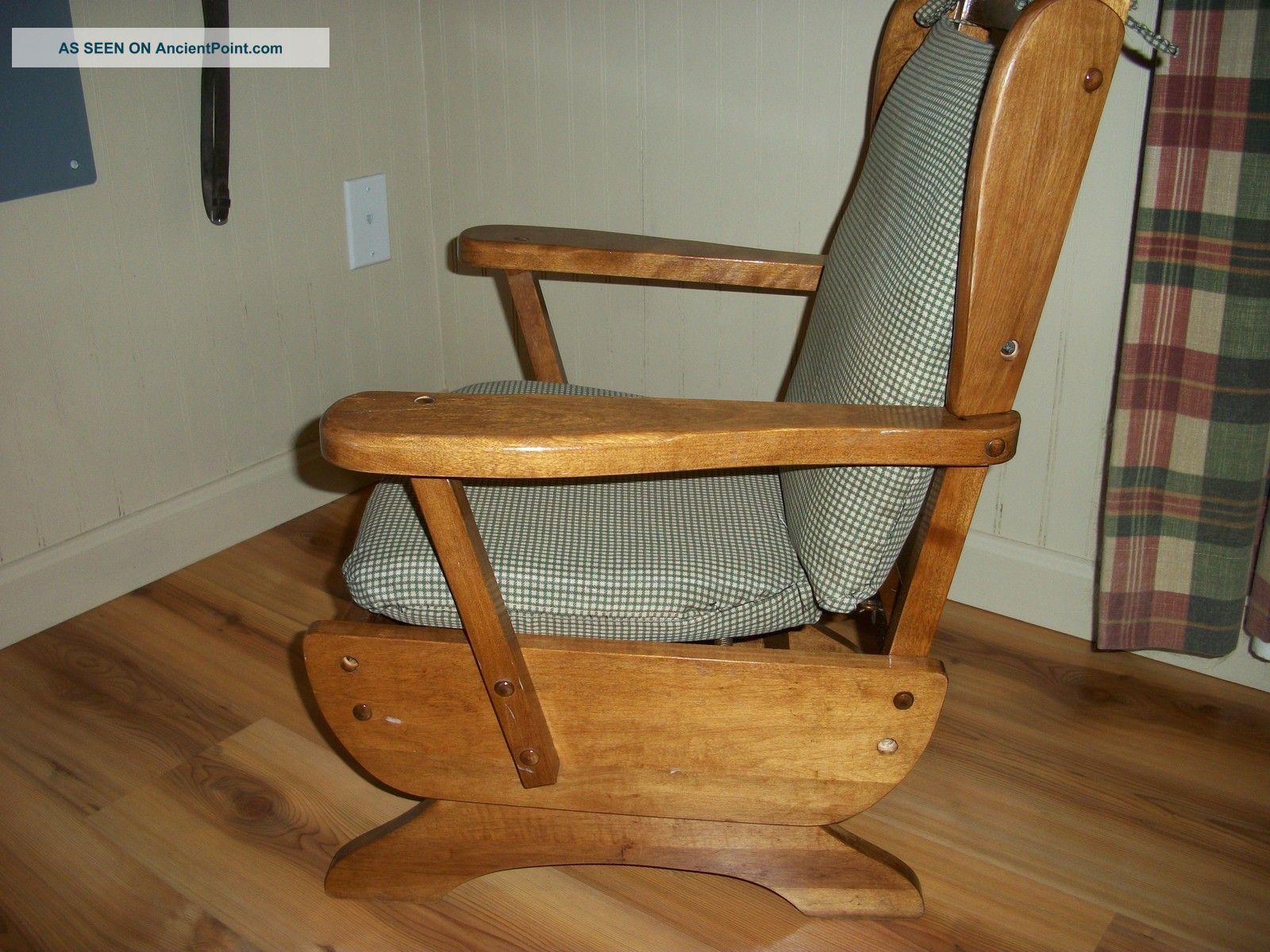 Vintage childrens wooden rocking chair with cushion primitives photo 3