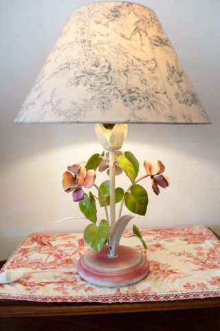 Vintage French Provence Tole Table Lamp Painted Flowers photo