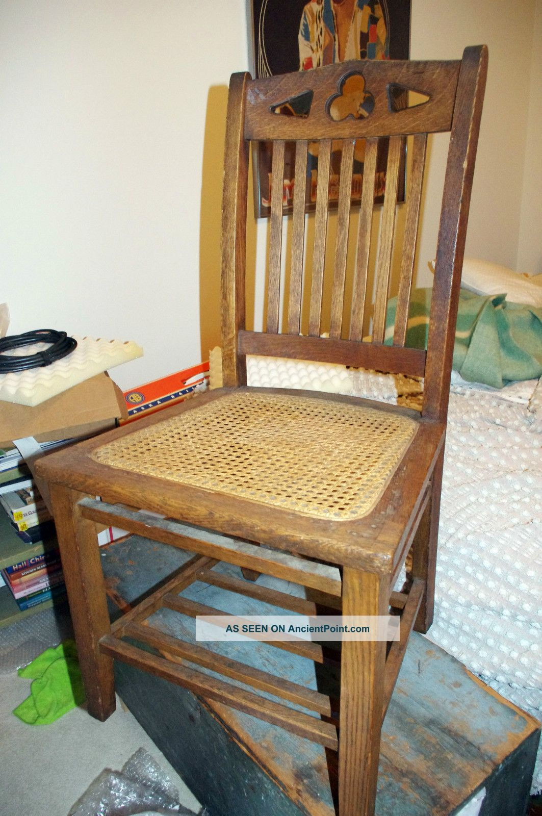 Antique 1920s Arts & Crafts Mission Oak Chair Heywood Wakefield Cane Seat Clover 1900-1950 photo