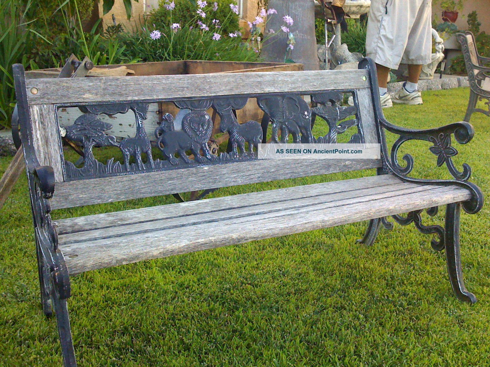 Wood pe hung choice garden bench seat diy for D i y garden bench designs