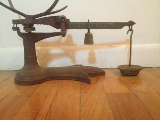 Antique Fairbanks Cast Iron Fishtail Base Scale W Weight photo
