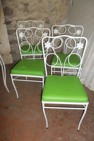 Plantation Patterns Iron Patio Garden Table And Chairs Daisy Pattern photo