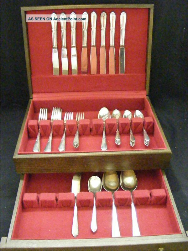 Rogers Bros.  Silverplate Flatware Inspiration 48pc.  Set Chest / Box International/1847 Rogers photo