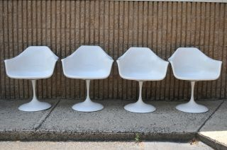 4 Vintage Mid Century Modern Tulip Base Dining Arm Chairs Saarinen Burke Style photo