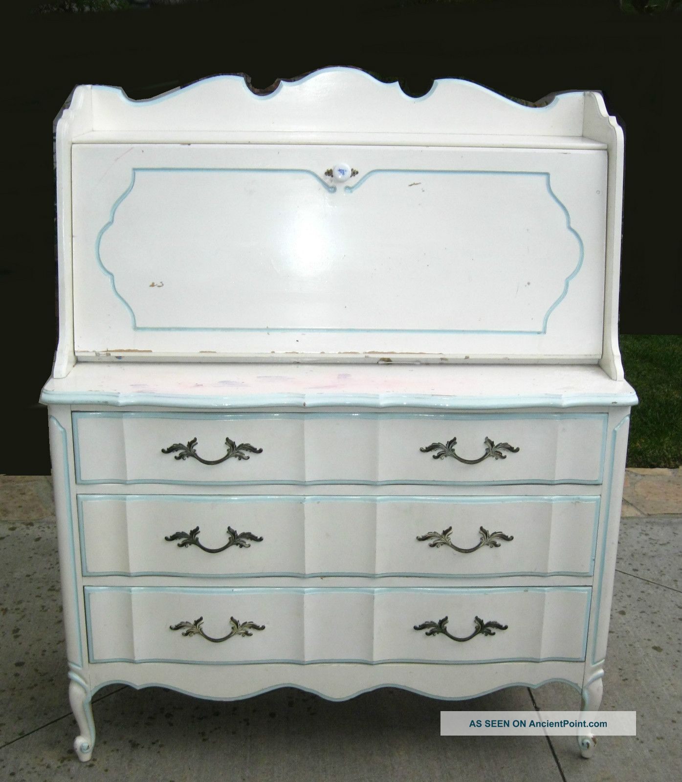 Vintage French Provincial Dixie Style Drop Leaf White Desk Dove Tail Dresser Post-1950 photo