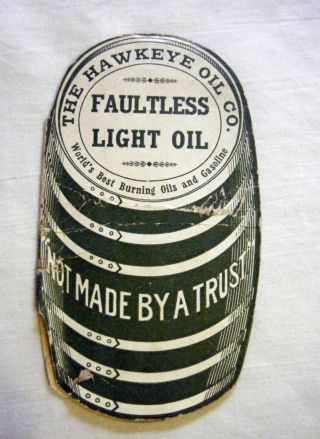 Hawkeye Oil Co.  Faultless Oil Sewing Needles Pkt.  Not Made By A Trust Ia 1910 photo