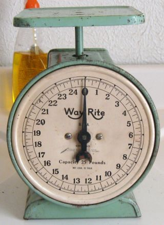Vintage Way Rite 25 Pounds Green Metal Kitchen Scale Farmhouse Country Primitive photo