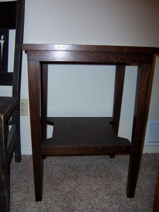 Antique Arts Crafts Mission Mahogany Side Table 28