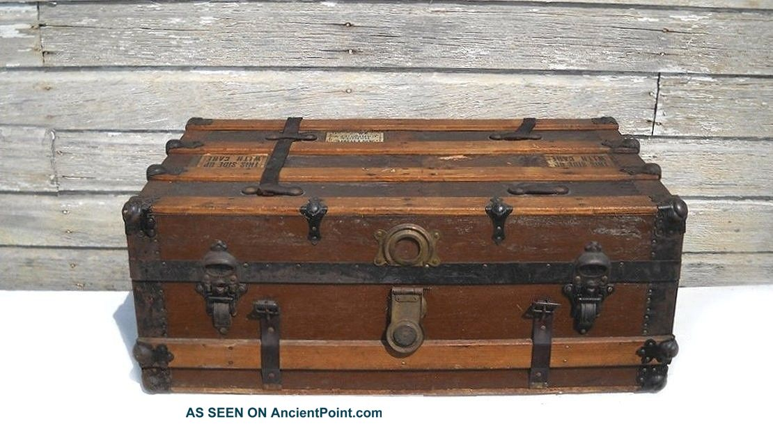 Antique Steamer Trunk - Flat Top - Coffee Table - Restoration Project 1900-1950 photo