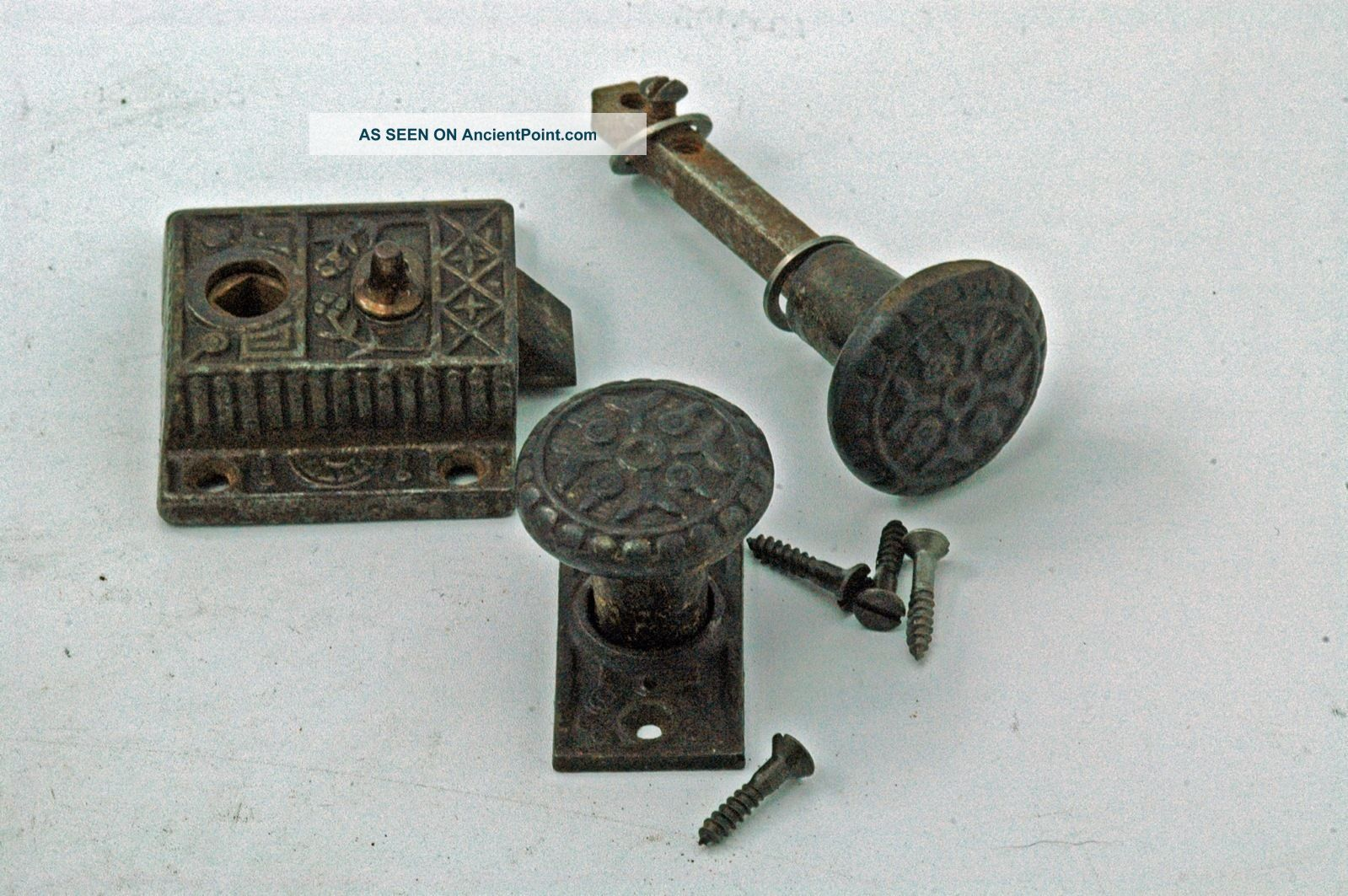 Antique Hardware Windsor Screen Door Lock Set Cast Iron Circa 1880