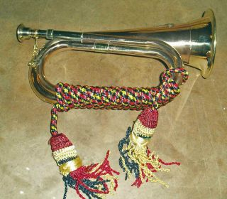 C1960 Australian Military Brass Bugle Musical Instrument Artillery Badge photo
