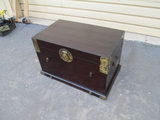 51641 Oriental Storage Trunk Chest photo
