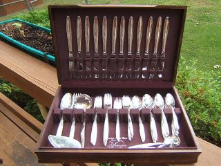 Oneida Community Enchantment Gentle Rose Flatware Silverplate Set 81pc For 12 photo