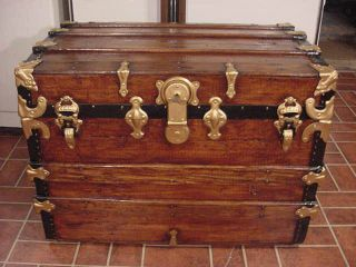 A Ladycomet Refinished Flat Top Steamer Trunk Antique Chest With Key & Tray photo