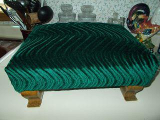 Vtg.  Victorian Style Foot Stool,  Green Velvet Upholstery,  Curved Feet,  16