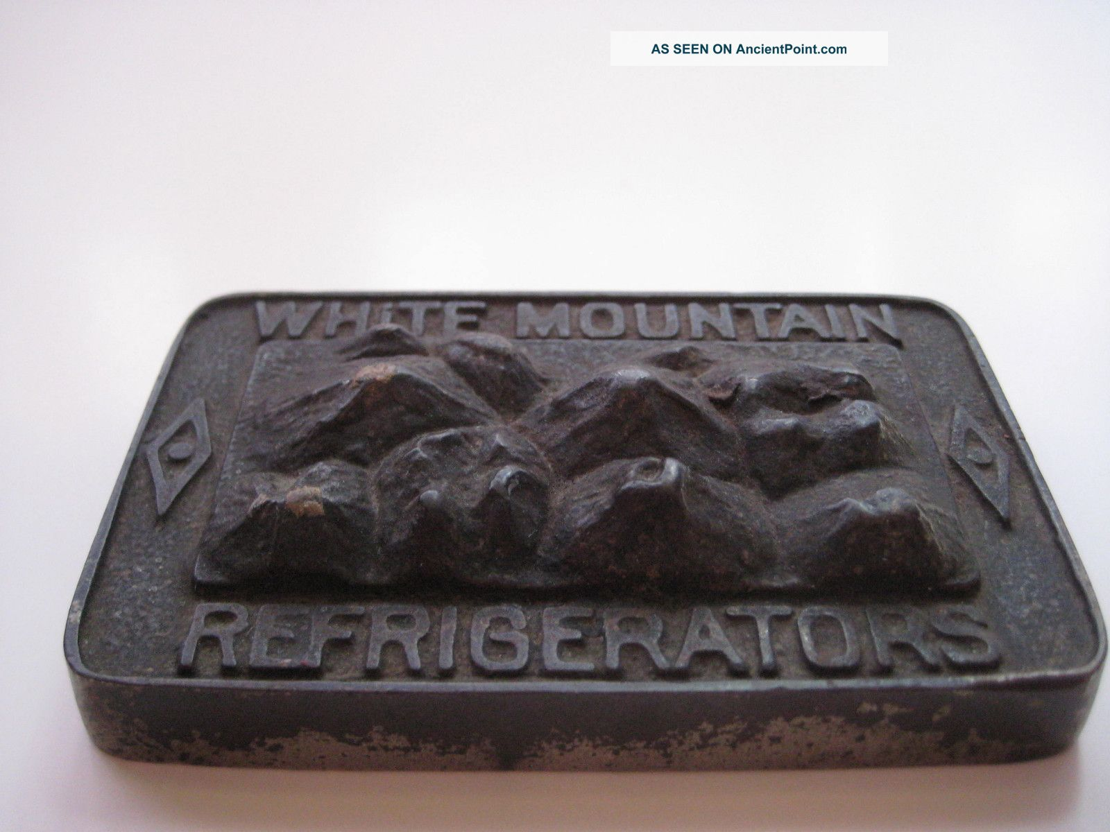 White Mountain Refrigerators Cast Iron Paperweight Maine Manf ' G Co. ,  Nashua,  Nh Ice Boxes photo