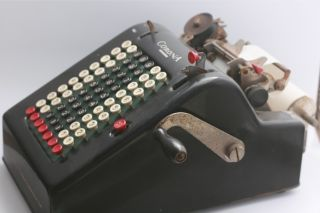 Smith & Corona Portable Adding Machine Circa 1920 (ka 57670) photo