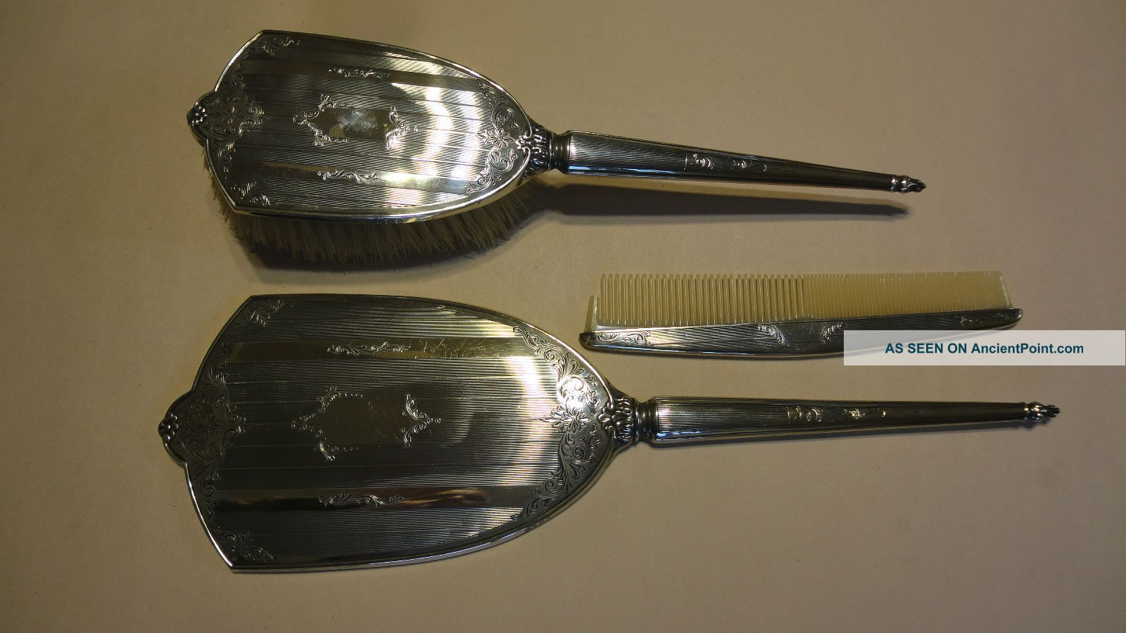Vintage Embossed Sterling Silver Hallmarked Brush,  Mirror &comb Set - Brushes & Grooming Sets photo