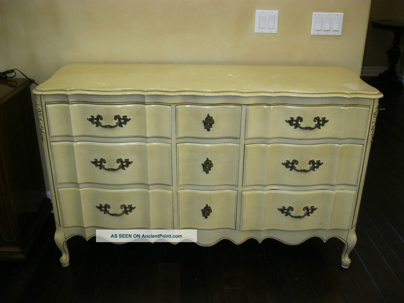 Dixie French Provincial Bedroom Furniture vintage french