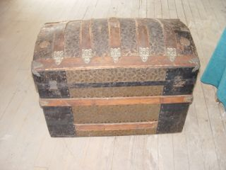 Antique Victorian Camel Back Steamer Trunk.  Rare Lock 36x18x24apx photo