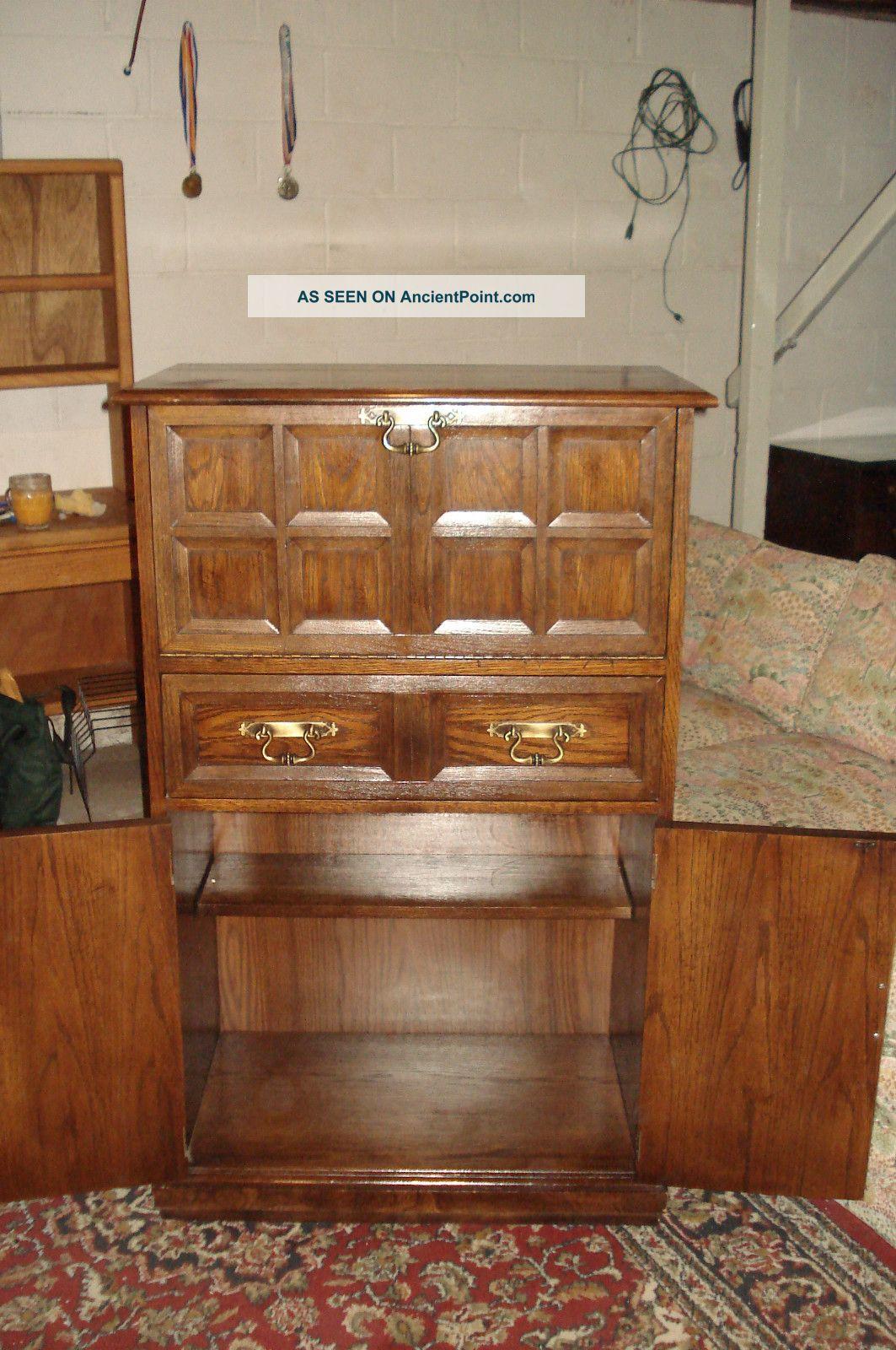 Lane Liquor Cabinet Bar With Lock Key Light Inside Vintage Mid Century Furniture Post-1950 photo