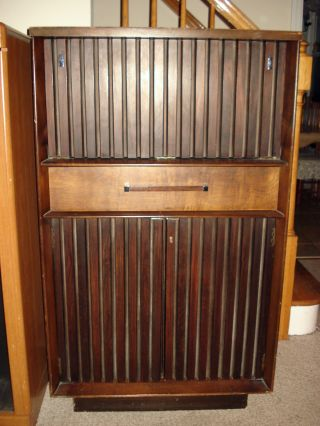 Lane Liquor Cabinet Bar Flip Down Top With Light Vintage Mid Century Furniture photo